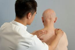 Osteopathy for Arthritis Weymouth (image copyright Jan Chlebik)